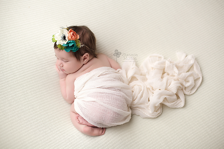 newborn photographer near college station